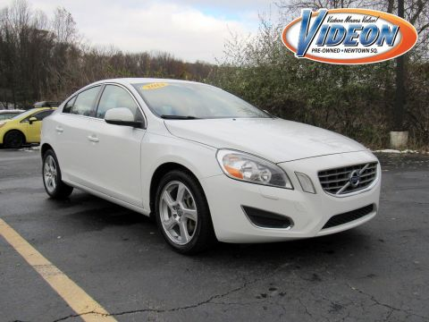 Pre-Owned 2013 Volvo S60 T5 Platinum